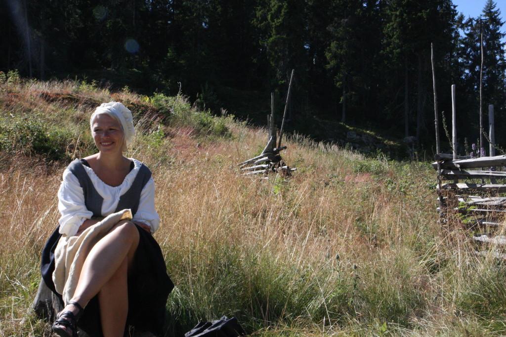 Folkesangeren Liv Ulvik kunne du høre både på masovnen, gudstjenesten og under sangkurs hun holdt for store og små.
